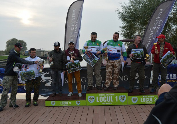 05-podium-holbina