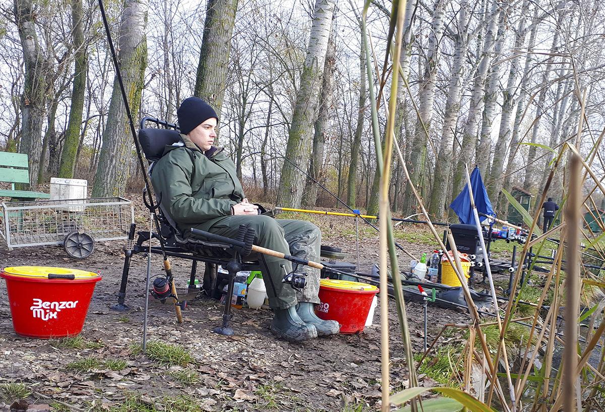 Chladné počasie, ktoré sa v žiadnom prípade nedá nazvať ako príjemné, ale loviť ryby sa vyplatí vždy!